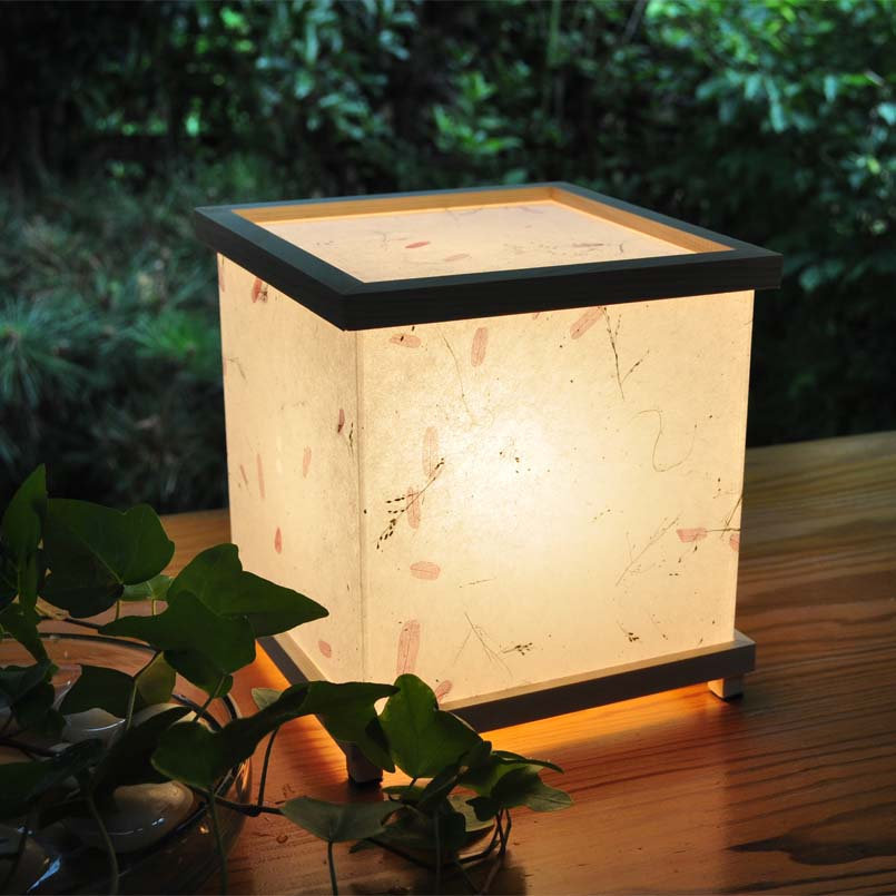 灯り箱 野の花 檜15