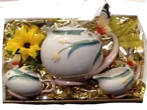 #76 Butterfly tea set