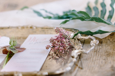 menu card by Dorelis Hofer Photography