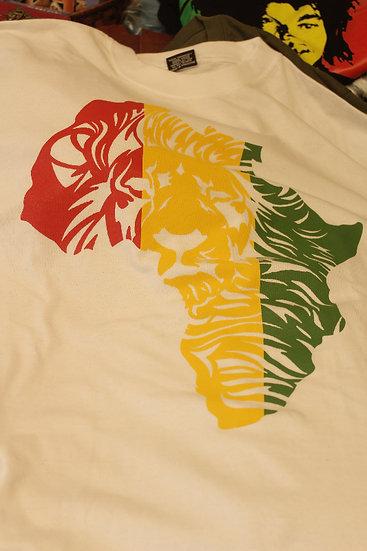 Lion/Africa - White