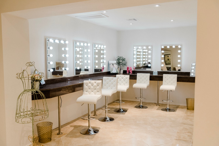 What a space to get glammed up