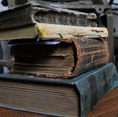 """""""Bücher sind die Hüllen der Weisheit..."""""""