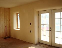 34 living room finish plaster