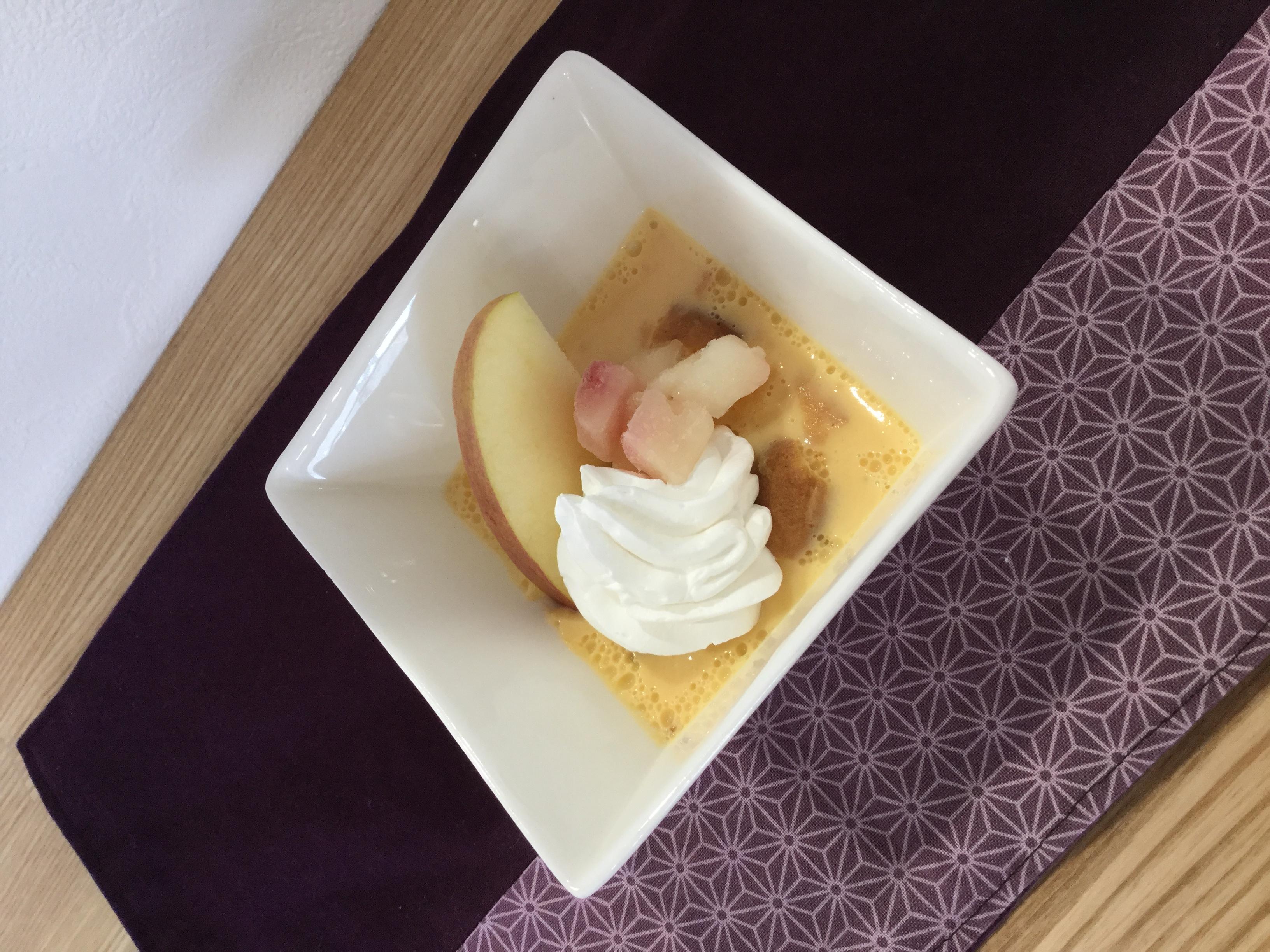 煮リンゴのせゼリー