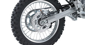 2020_-KLX300CLF_rear-wheel_280-1.jpg