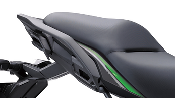2019-Versys-650L-Passenger-Comfort-1.png