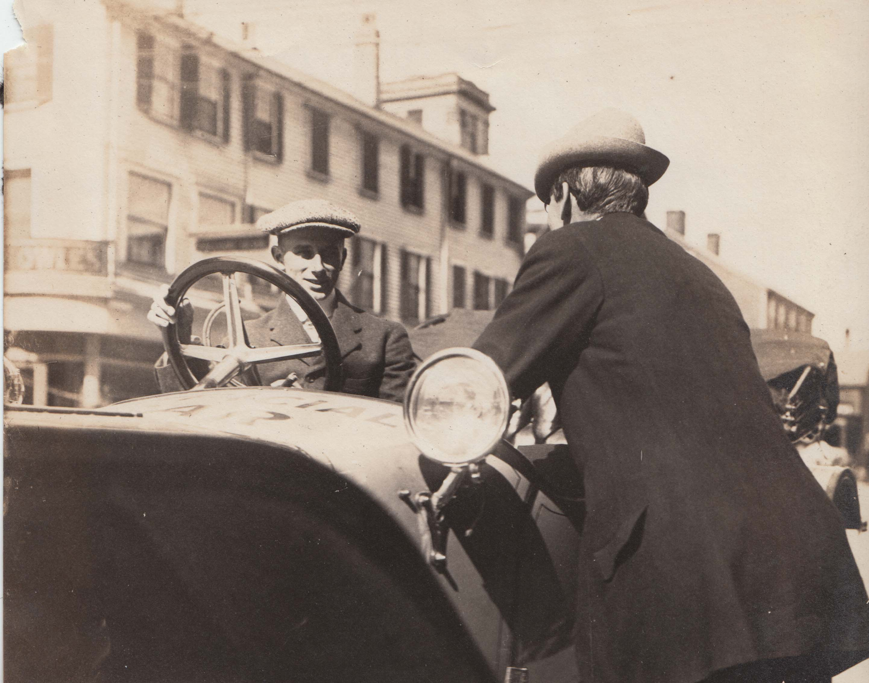 0403A Driver talking to Man Atwood Estey Letter