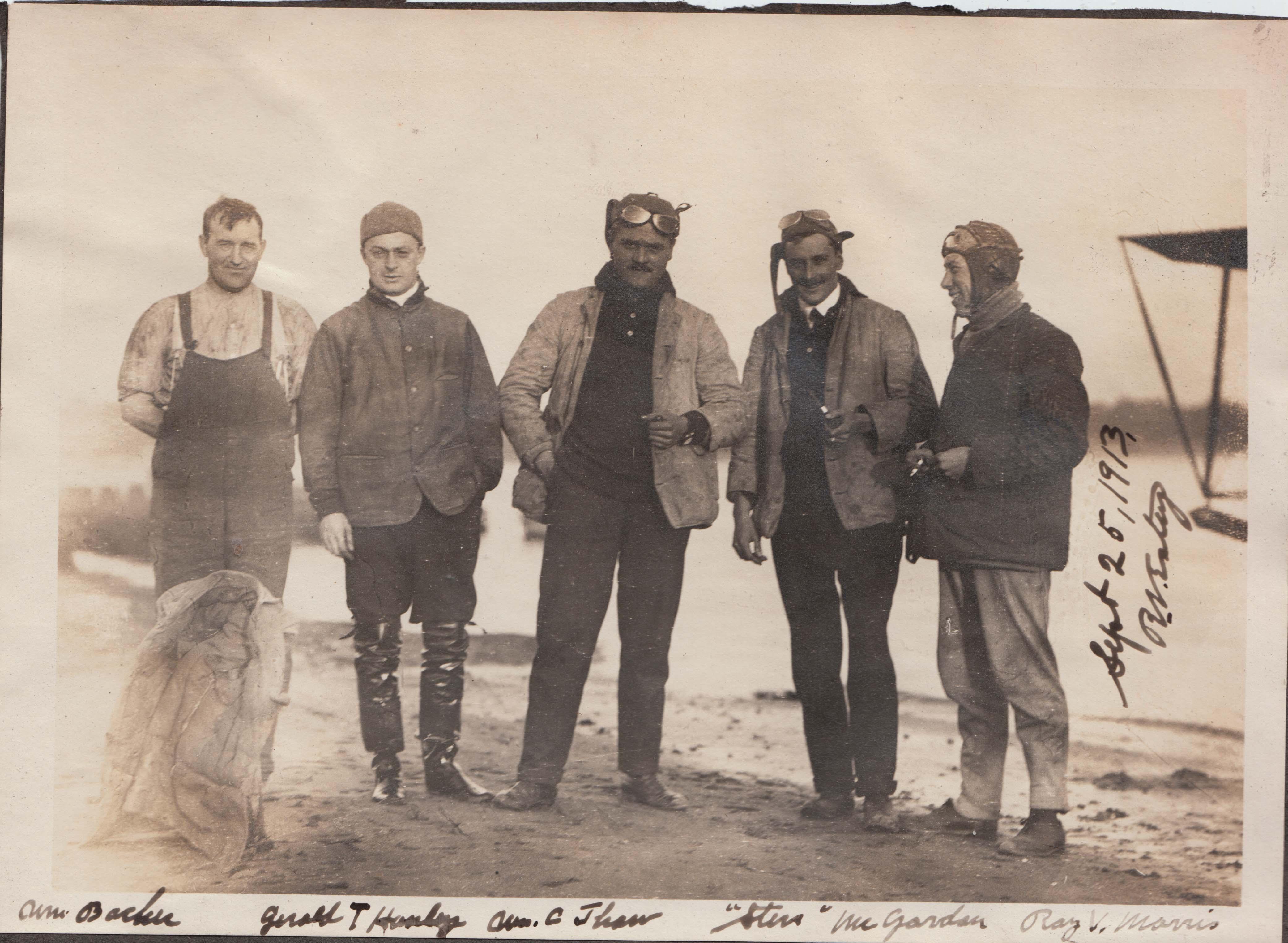 C Sep 25 1913 Estey Five Men near Beach