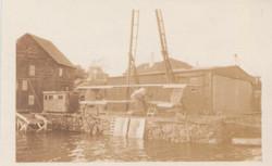 0459 Factory near waters