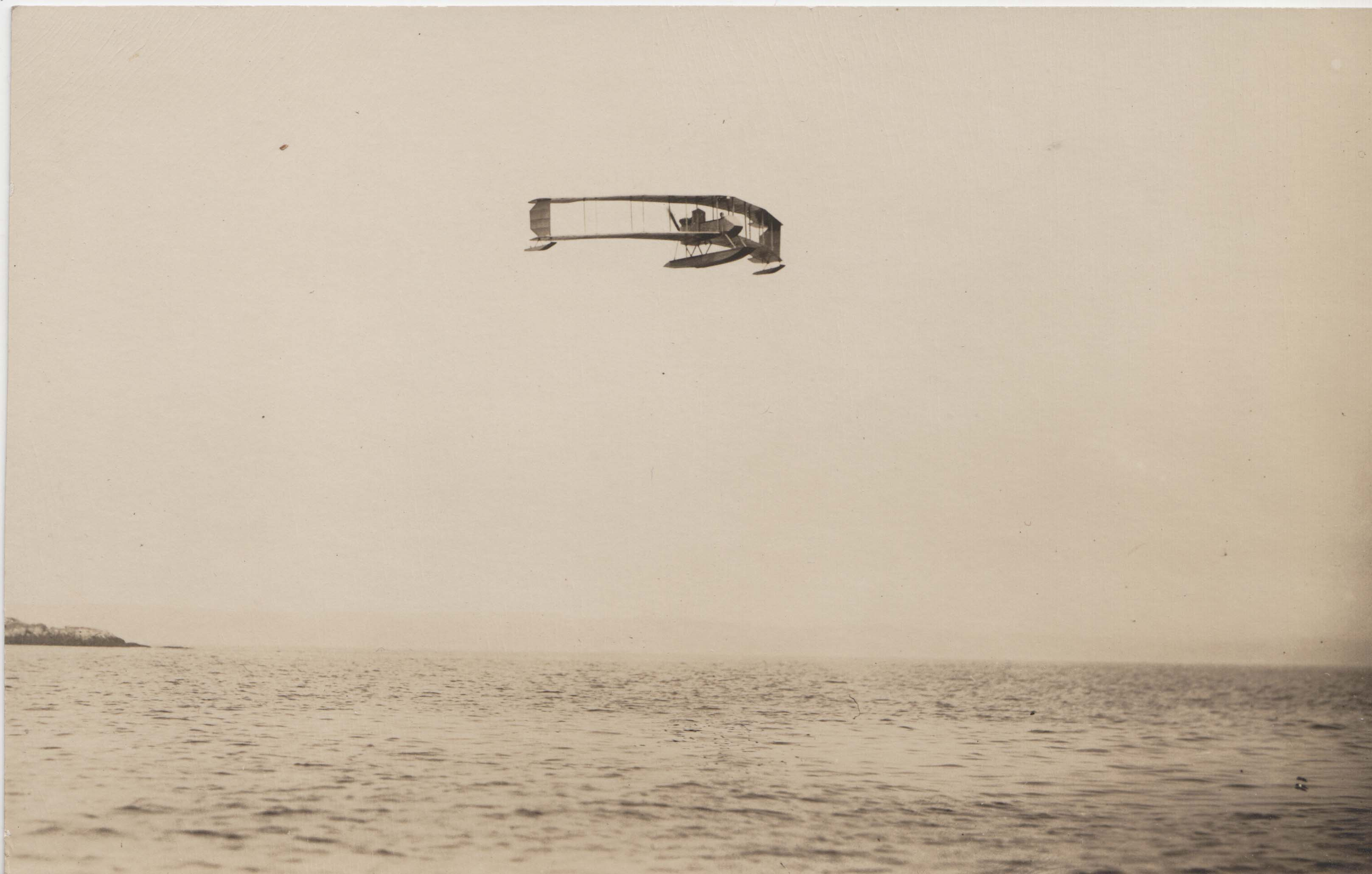 0046A Flying Boat in Air