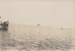0160 Pier and hydroplane