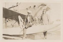 0168 Two Pilots around hydroplane