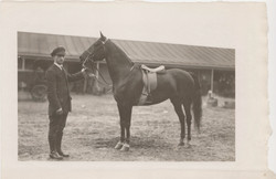 0190 Man with Horse
