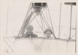 0086 Man and Woman in Plane