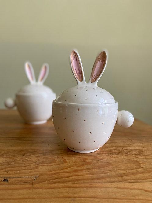 Taza conejote decorada