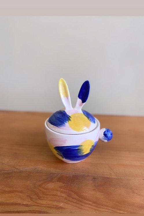 Taza conejote (sol y olas)