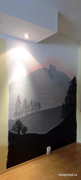 Lysá hora v obývacím pokoji