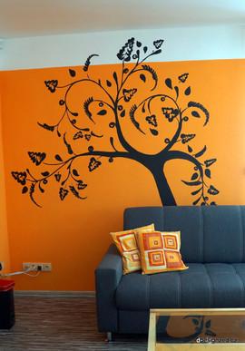 Strom v obývacím pokoji