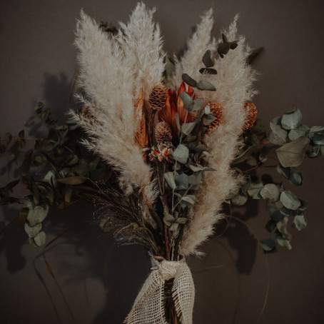 Einen Trockenblumenstrauß selber machen - DIY