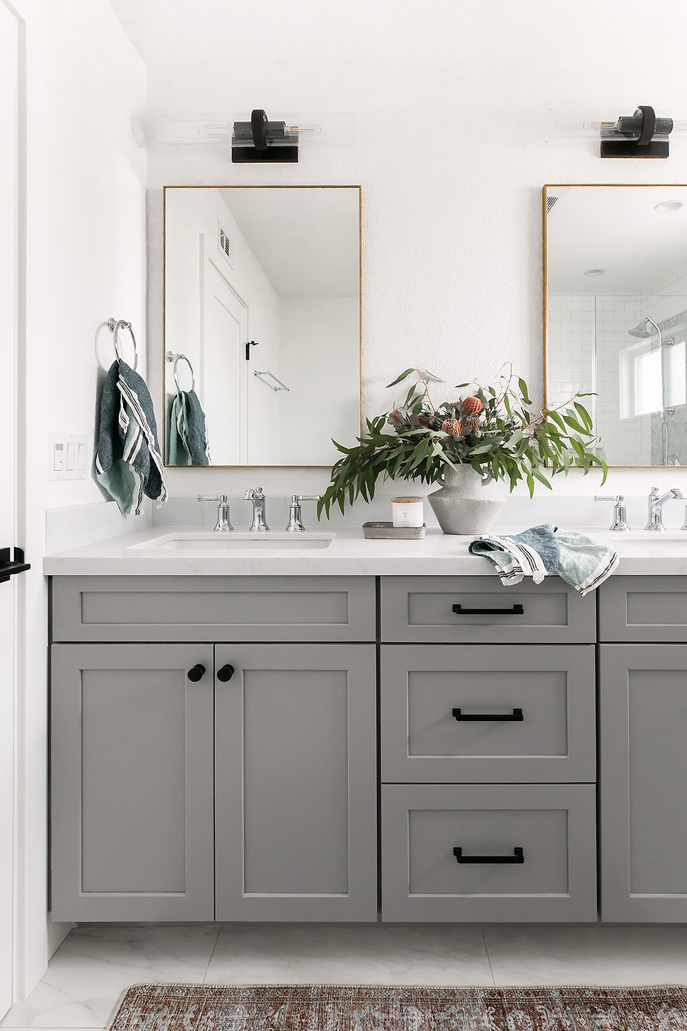 gray and white bathroom by Lindsey Brooke Design