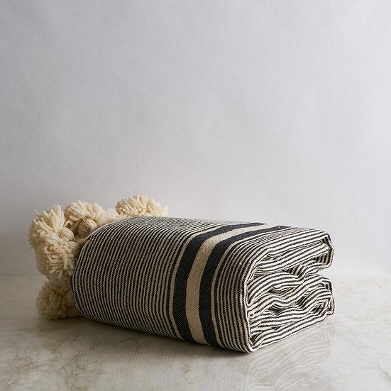 Wool tassels Blanket
