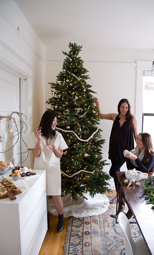 Tree Decorating with Treetopia | Sacramento Street