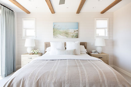 How much does it cost to furnish a primary bedroom?