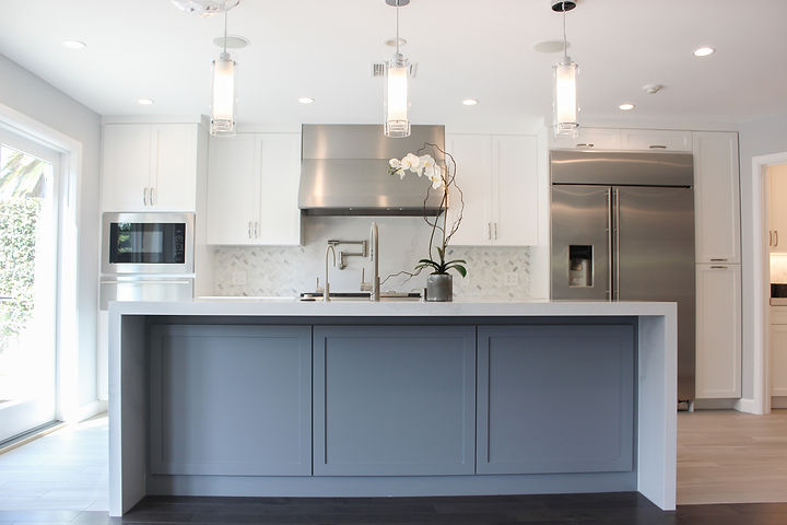 We were involved early in the process for this full remodel and addition in Los Angeles.  We collaborated with the architect, contractor and homeowner to completely rework the layout of this home to fit the family's needs.  The result is an updated transitional feel for a multi generational family home.