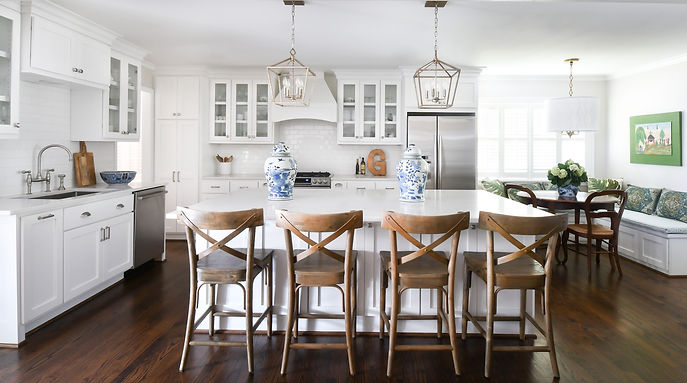 This home flooded during Hurricane Harvey, and we were happy to help them update and improve their home as we renovated the entire space. For this family who loves to cook and entertain, the most important aspect of the design was the kitchen. We were able to rethink the layout to provide more space and functionality so that they could host with ease. We also made hard finish selections, from tile to window coverings; purchased and installed furniture; and styled accessories. It was truly a comprehensive renovation, and we were honored to be part of it.