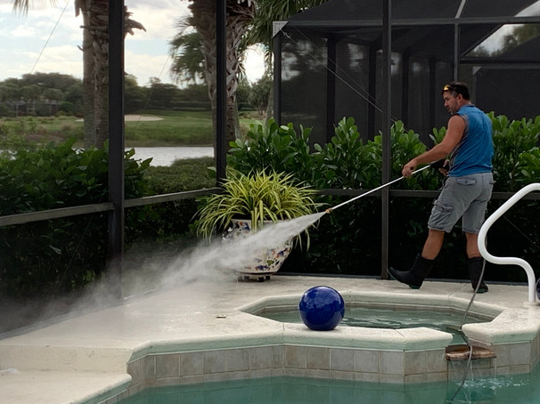 Pool Cage/Deck Cleaning Naples