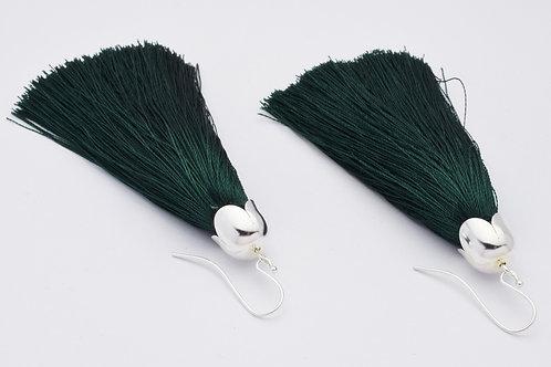 """""""Tassel"""" øreringe i farven Dusty Green, forsølvet"""