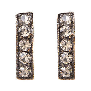Jewelry_Small Five Crystals Bar Stud Ear