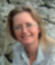 Emily Hinshelwood, poet, on the Benybont website