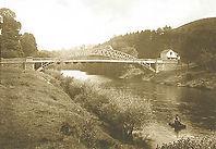 A coracle on Afon Wysg