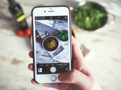 How to Use Social Media to Benefit Your Restaurant