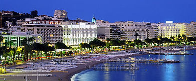 Baie de Cannes la nuit.jpg