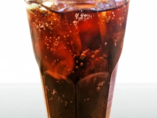 The Great Soda Debate: Regular or Diet - is one really healthier than the other?
