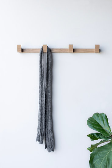 Imbue wall rack / white oak