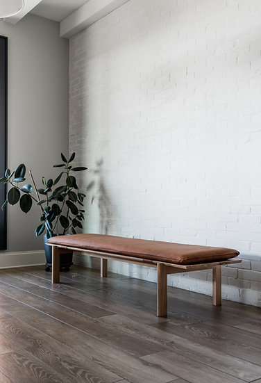 Opia bench