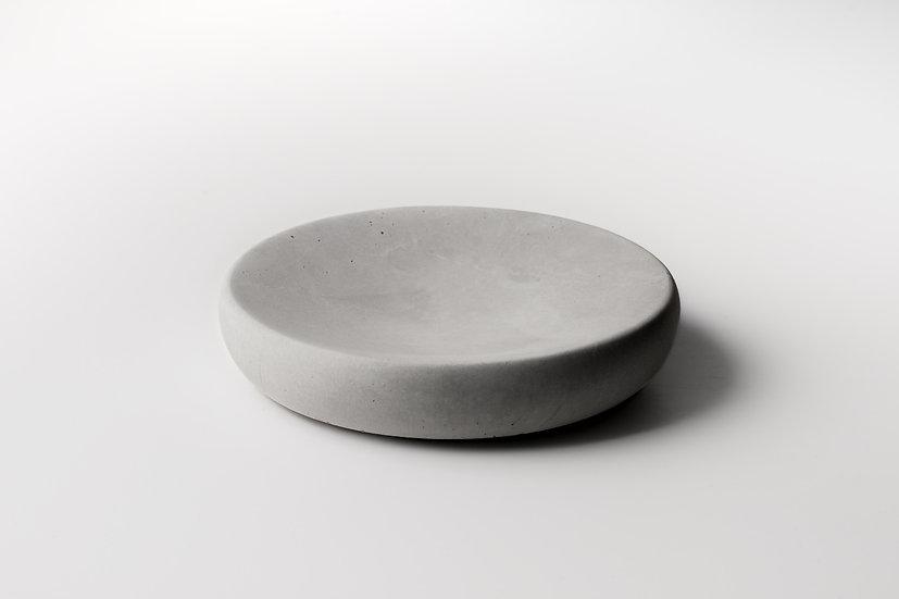 Moon dish // Concrete