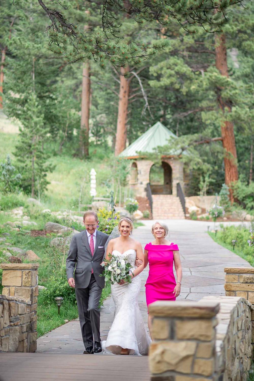Della Terra Estes Park Ceremony