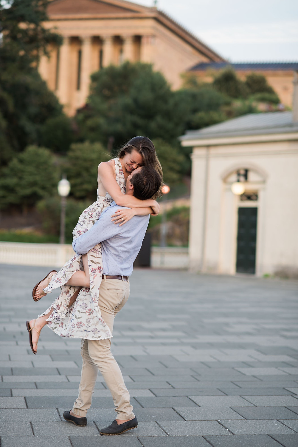 Fun Philadelphia Engagement Photos in the Summer