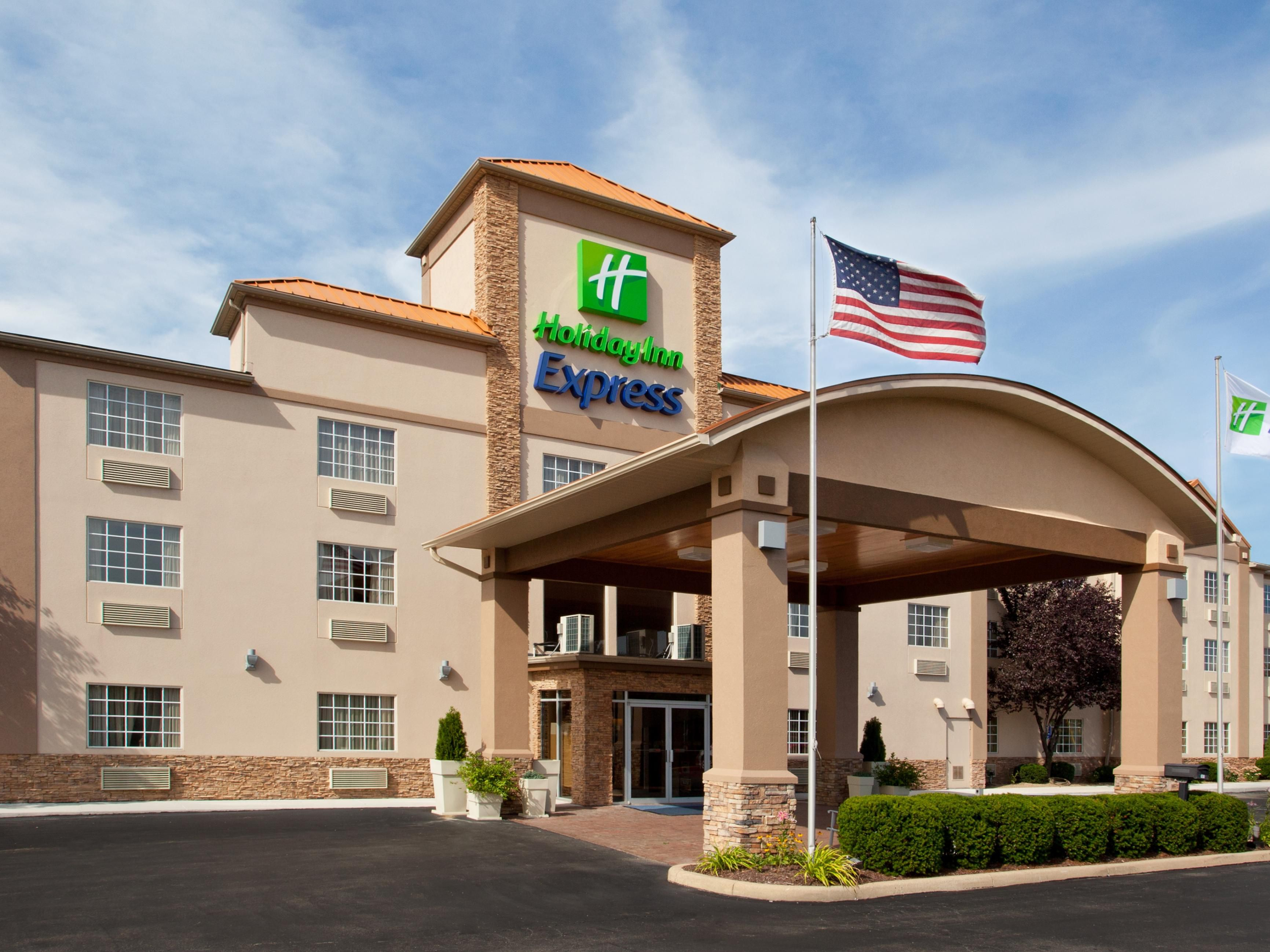 holiday-inn-express-delmont-4250386947-4x3