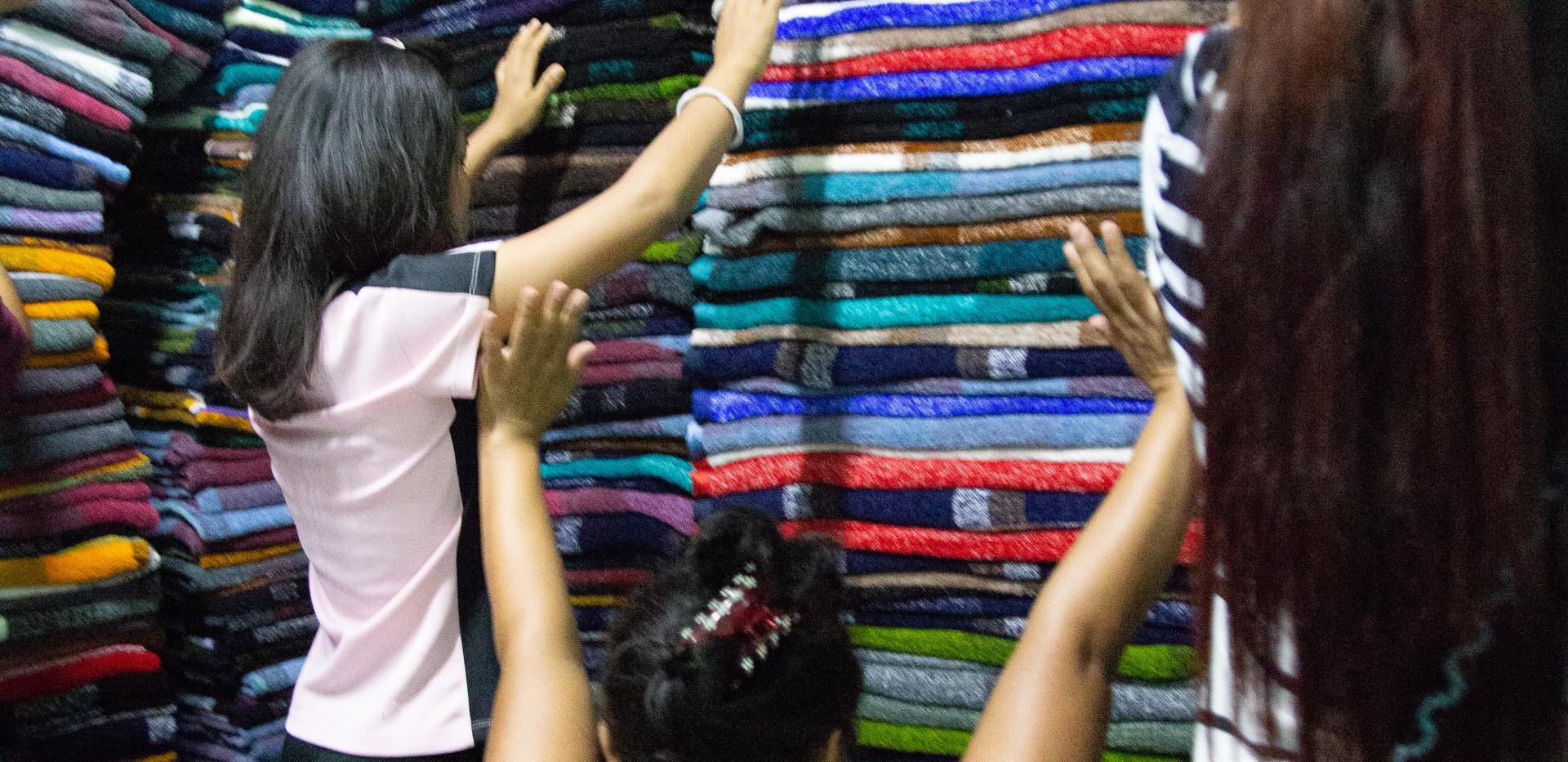 Myanmar Loom House Women Picture