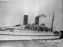 HMT_Empire_Windrush_FL9448