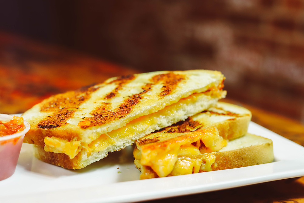 A photo of grilled cheese.