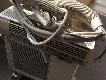エアコン取り外し処分作業