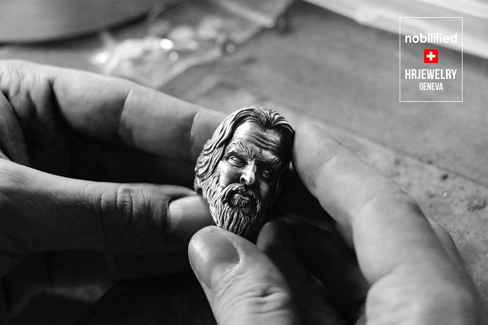 Bague sur mesure pour Homme à Genève; Bague portrait pour Jason Momoa