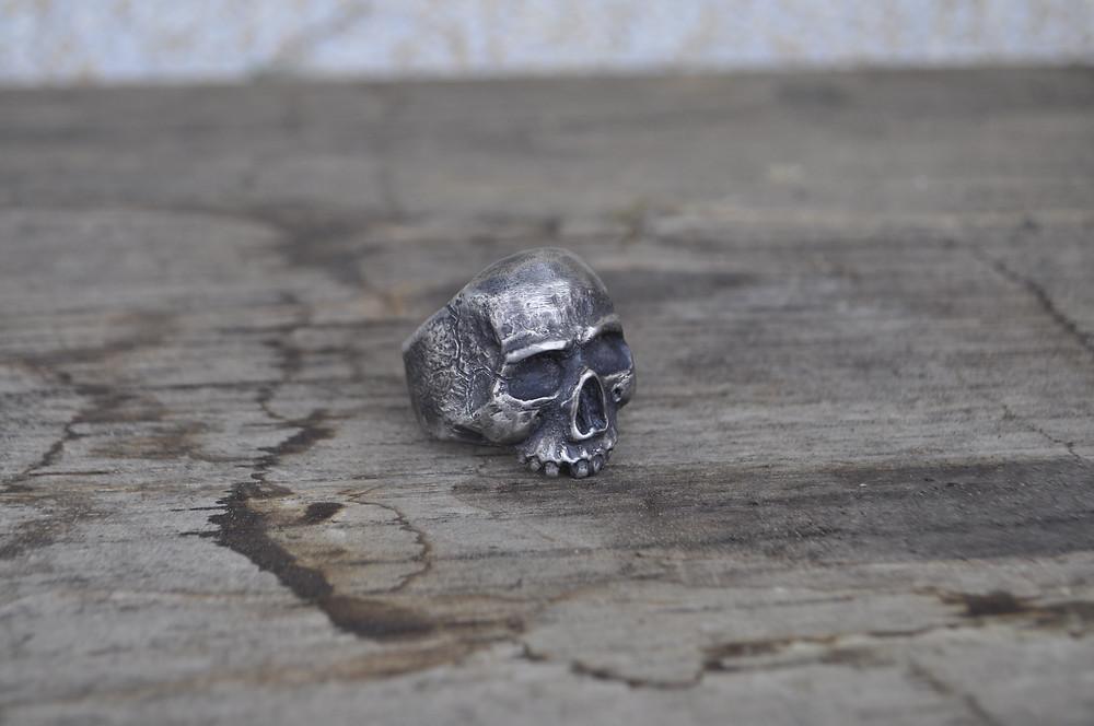 Bague sur mesure à Genève pour Homme, Création sur mesure à partir de croquis et dessins HRjewelry Geneva