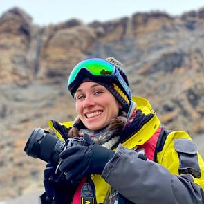 En train de photographier des manchots en Antarctique